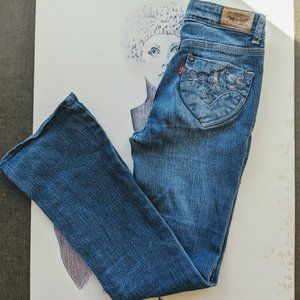 Girls Levi's Flare Distressed Embroidered Jeans